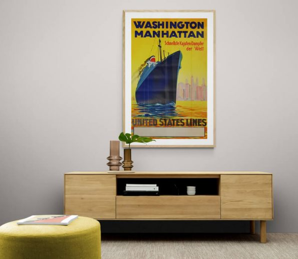 Washington_Living_room_cabinet_with_glass_vases_and_plant
