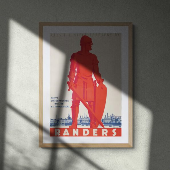 Randers-Abstract_shadow_silhouette_on_bare_wall